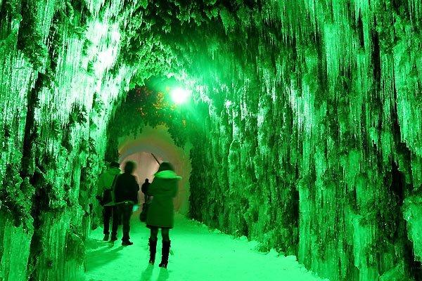 2009-hokkaido-snow-festival-japan-4