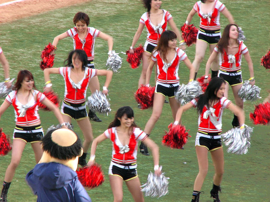 asian-beijing-cheerleaders-19