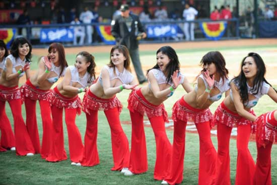 asian-beijing-cheerleaders-22