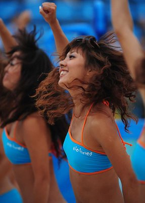 asian-beijing-cheerleaders-4