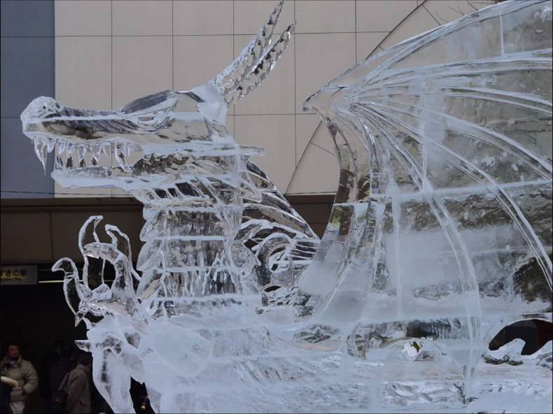 china-ice-dragon-sculpture-11
