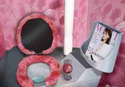 funny-weird-strange-fuzzy-toilet