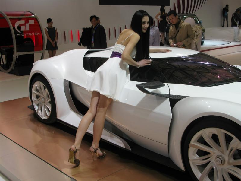 asian-babes-hot-models-shanghai-autoshow-sexy-girls-65