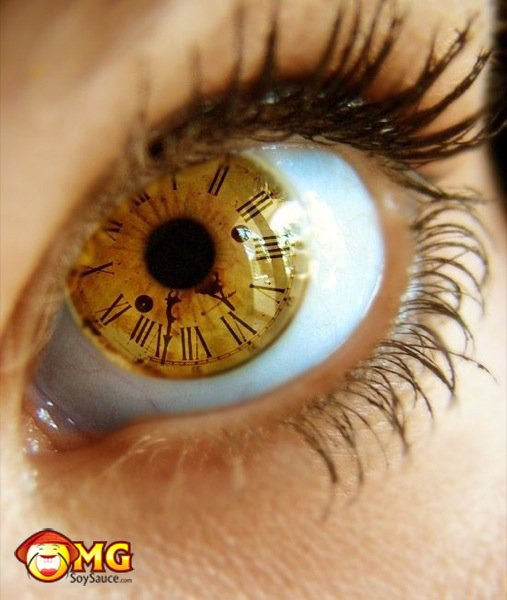 clock-time-eye