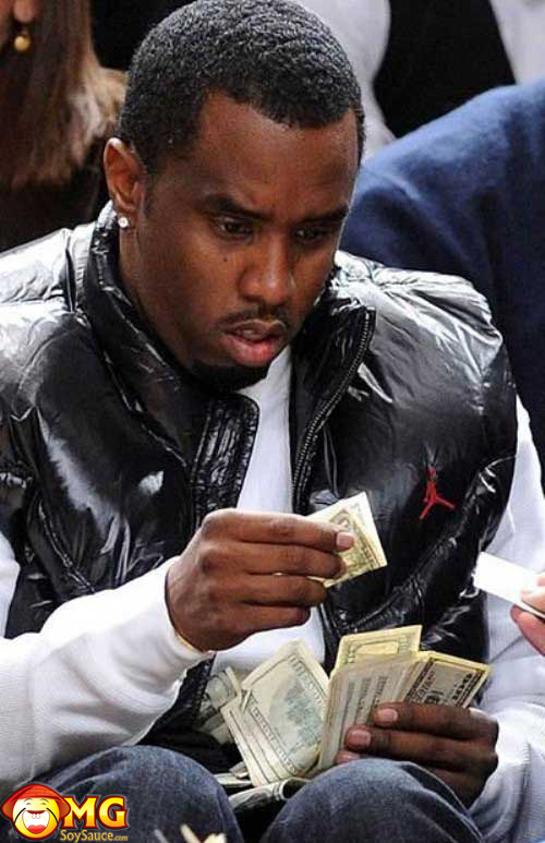 diddy-has-a-dollar-bill-in-his-stack
