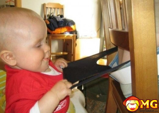 funny-kid-baby-wedgy-wedgies