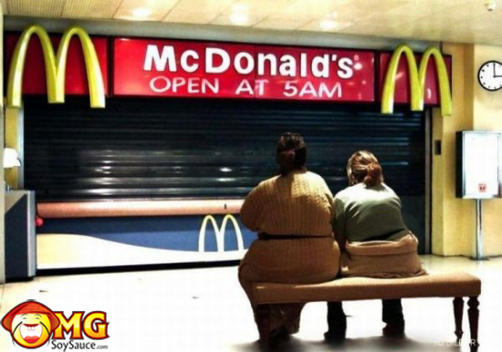 funny-pictures-mcdonalds-fat-chicks-girls