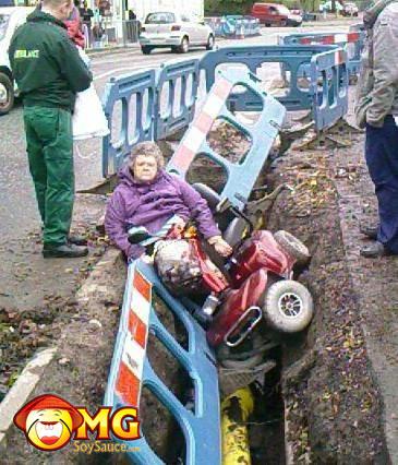 grandma-falls-in-hole