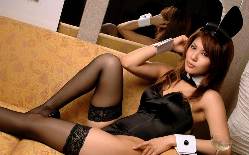 Asian Girl Gets Big Dick