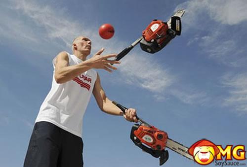 stupid-chainsaw-juggler