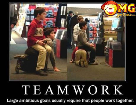 teamwork-playing-games