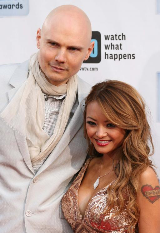 tila-tequila-and-billy-corgan-asian-girl-sexy