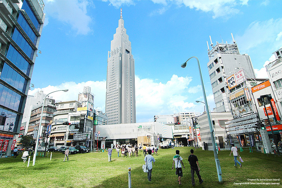tokyo-japan-grass-streets-7