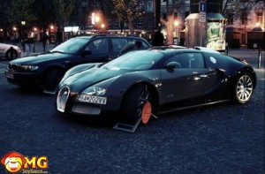 bugatti-veyron-parking-ticket-wheel-lock