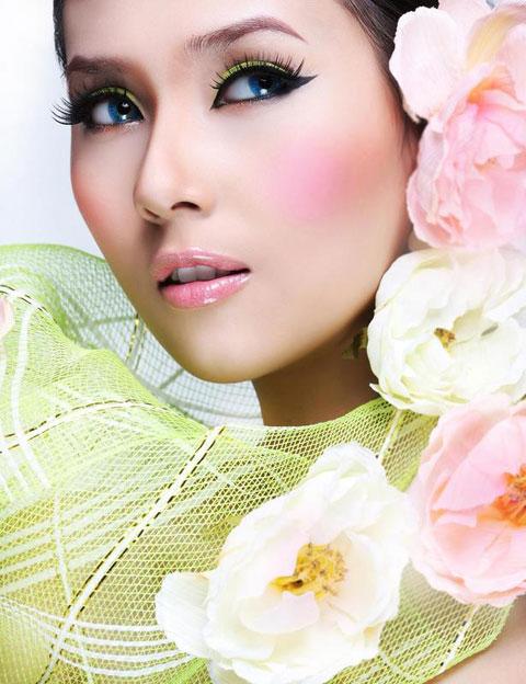 Vo Hoang Yen - Miss Vietnam Universe 2009