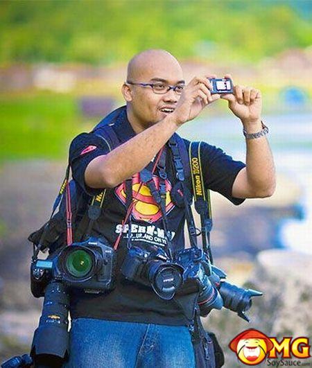 asian-camera-funny-photographer