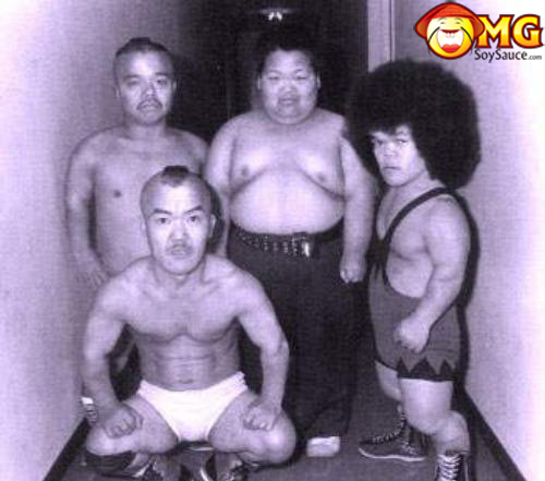 asian-midgets-wrestlers