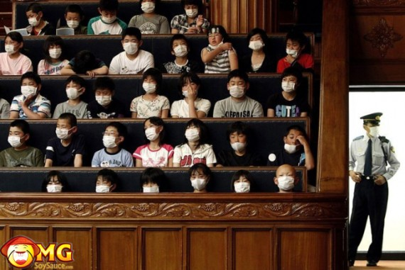 asian-sars-swine-flu-classroom