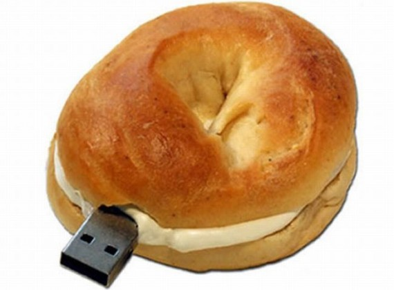 cool-usb-drives-15-bagel