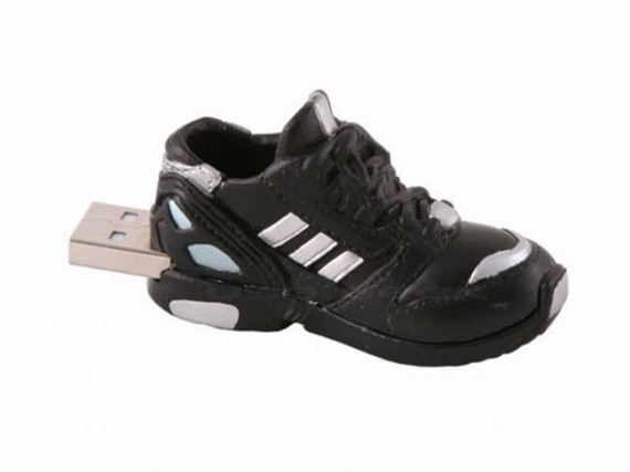 cool-usb-drives-20-shoes
