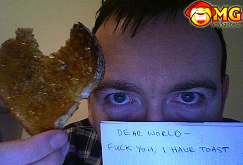 funny-i-have-toast-webcam