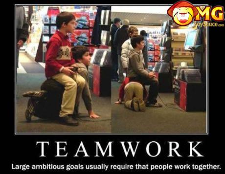 teamwork-playing-games