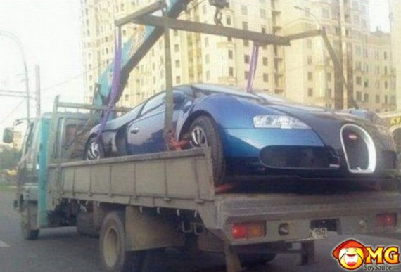 towed-trailer-bugatti-veyron-pic