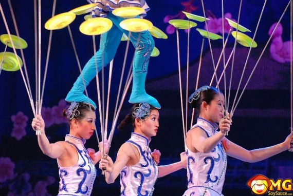 asian-gymnastic-women