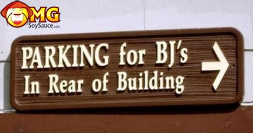 parking-for-bjs-in-the-rear