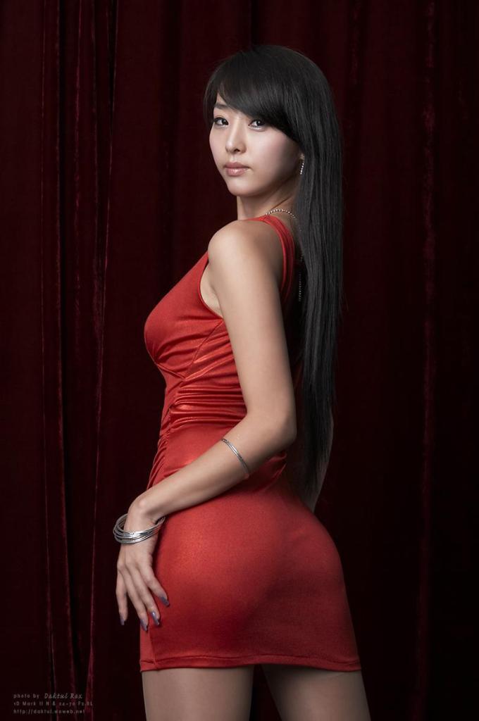 Asian babe model