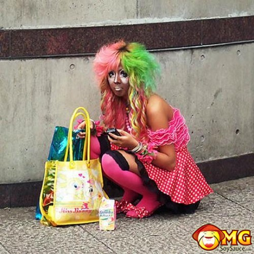 weird-fashion-clown-japan-7