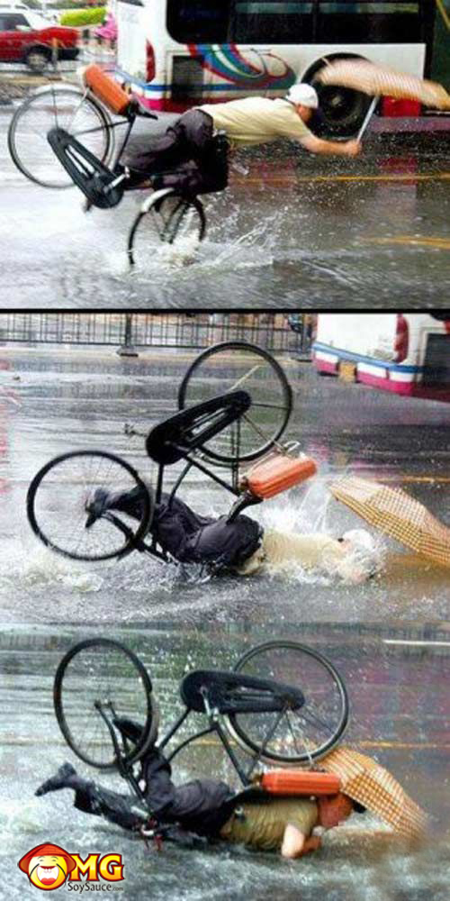 asian-rain-umbrella-bike-fail
