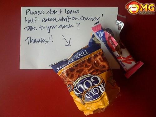 funny-office-roommate-fridge-kitchen-notes-11
