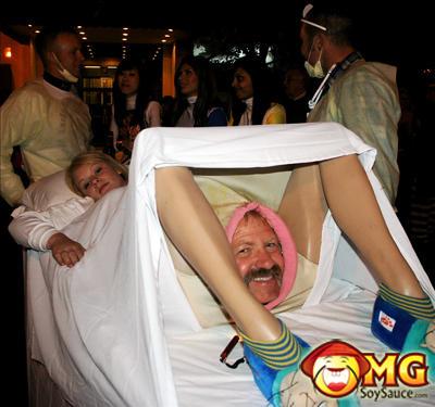 funny-birth-halloween-costume