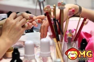 2-asian-nail-designs
