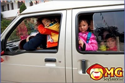 6-school-bus-full-of-kids-china