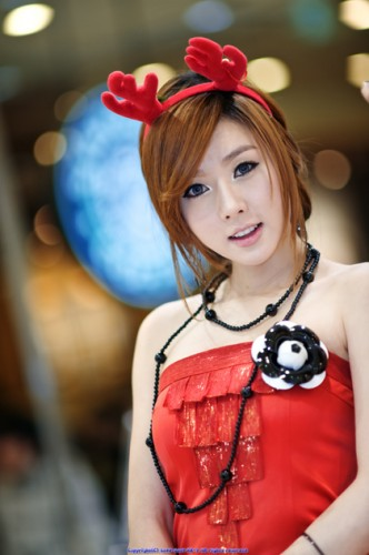 hwang-mi-hee-sexy-christmas-santa-3