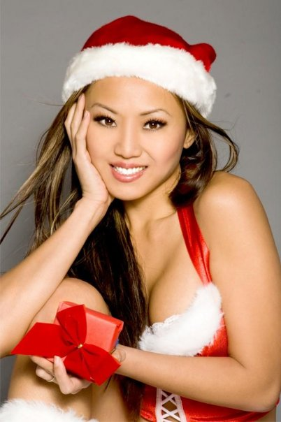 kim-loan-sexy-asian-santa-christmas