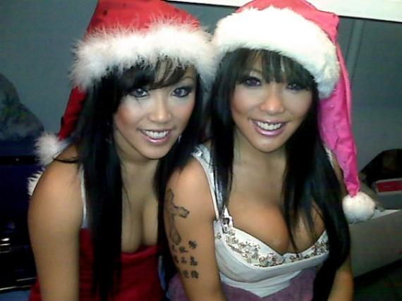 steph-ly-naomi-sayo-santa-christmas-babes
