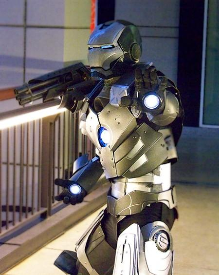 10-amazing-ironman-costume