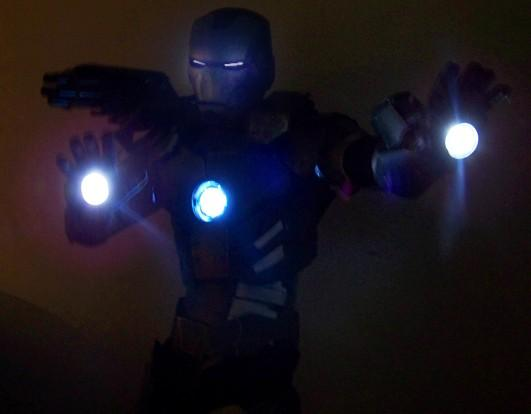 16-amazing-ironman-costume