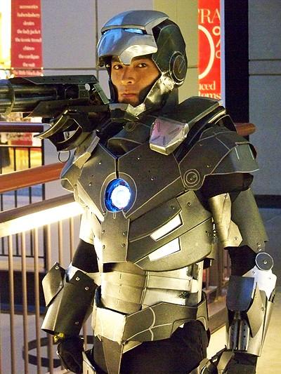 6-amazing-ironman-costume