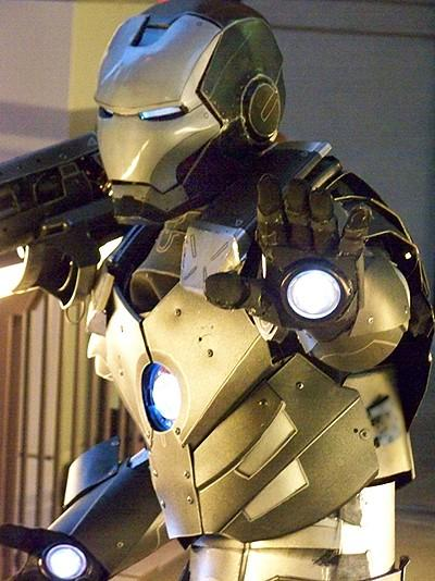 9-amazing-ironman-costume